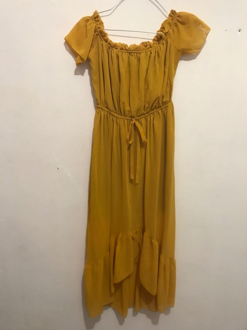 Yellow dress sabrina