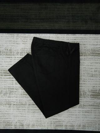 UNIQLO BOTTOMS LEGGINGS ANKLE LENGTH PANTS SELUAR