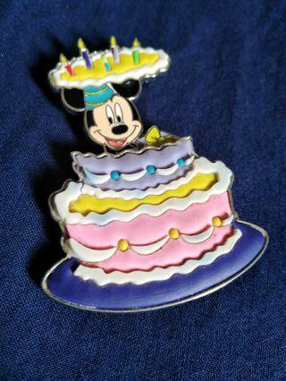 Disney mickey mouse pin Brooch #1111