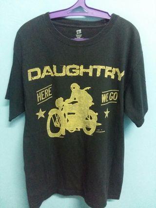 Daughtry band shirt