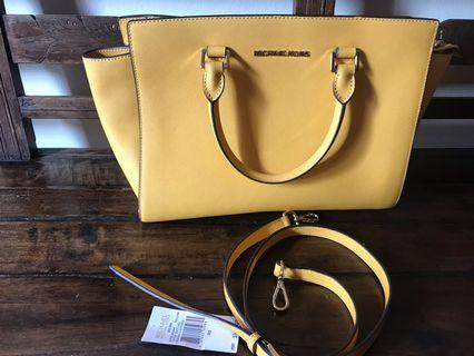 Michael Kors Selma authentic