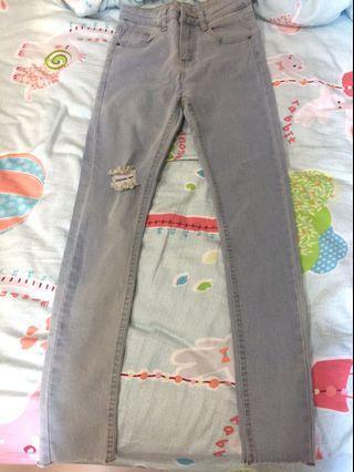 全新刷破水洗牛仔褲 牛仔窄管褲