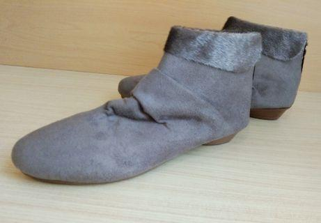 Ankle Boots abu