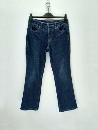 Uniqlo Denim Jeans Regular Fit Bootcut High Rise Pants