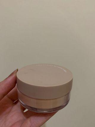 Face Powder by Lizzie Parra
