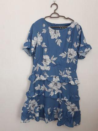 Floral blue dresd