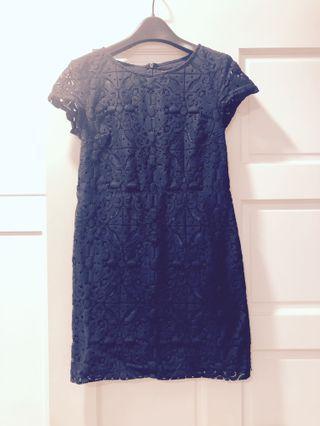 深藍蕾絲洋裝
