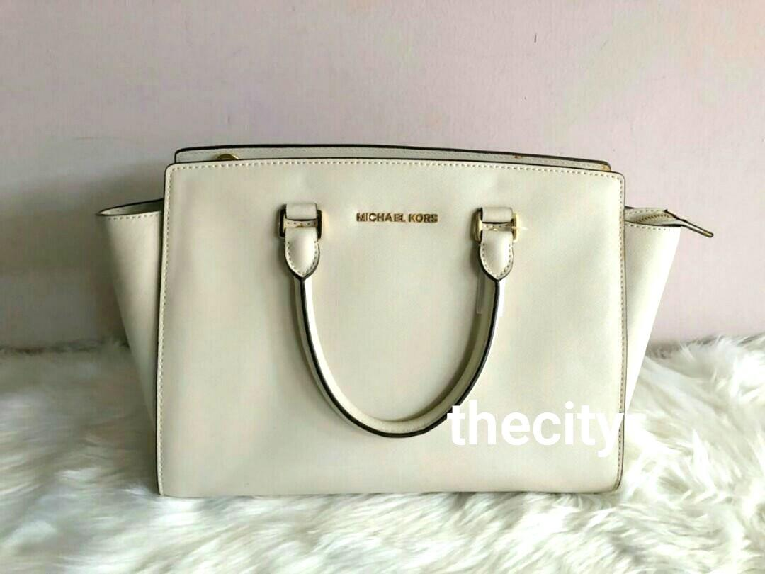 AUTHENTIC MICHAEL KORS LARGE TOTE BAG, WITH LONG STRAP FOR CROSSBODY SLING - SAFFIANO LEATHER - OVERALL OK / GOOD -