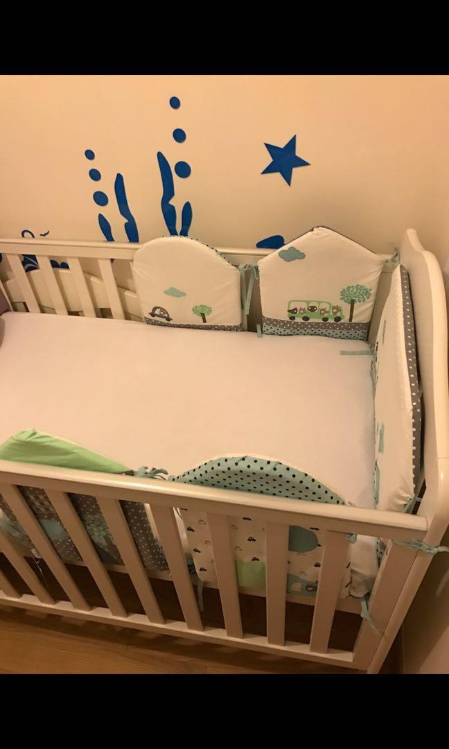 Baby crib with mattress (brand Mamas and Papas)