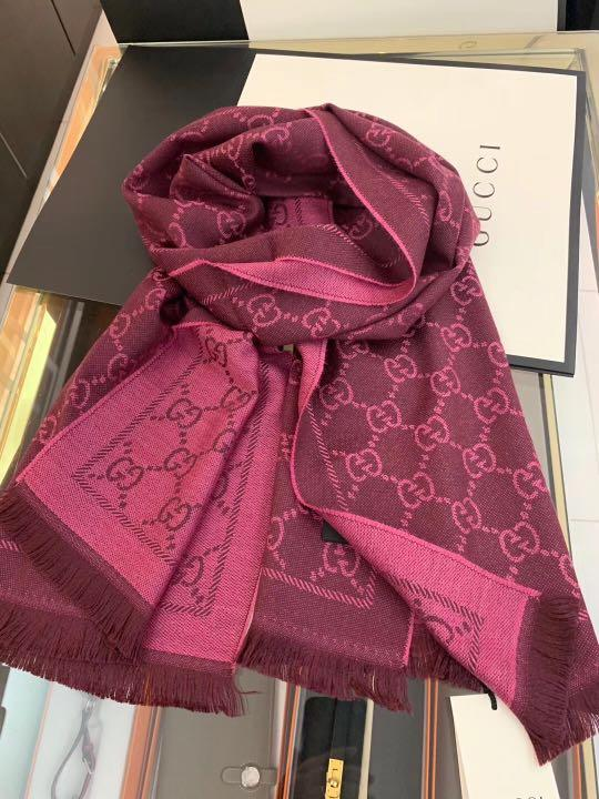 Gucci 羊毛圍巾 shawl scarf size 48cmx180cm $1880