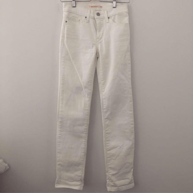 Levi's White Mom Jeans