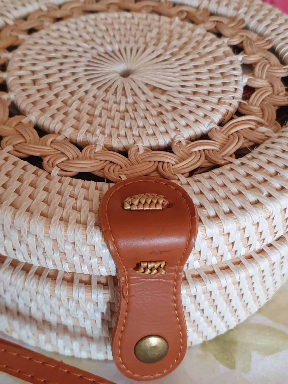 Rattan sling bag (New)