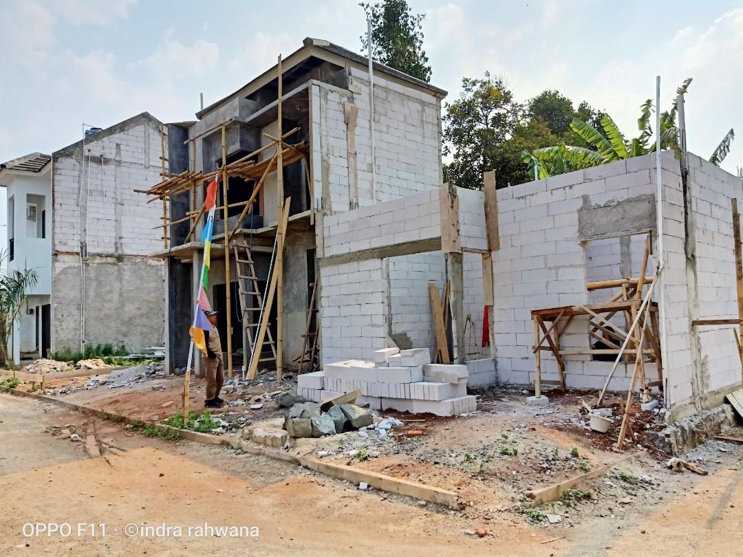 Rumah Cluster Modern HARGA MURAH lokasi strategis dekat BSD Serpong 2lantai bisa KPR SYARIAH