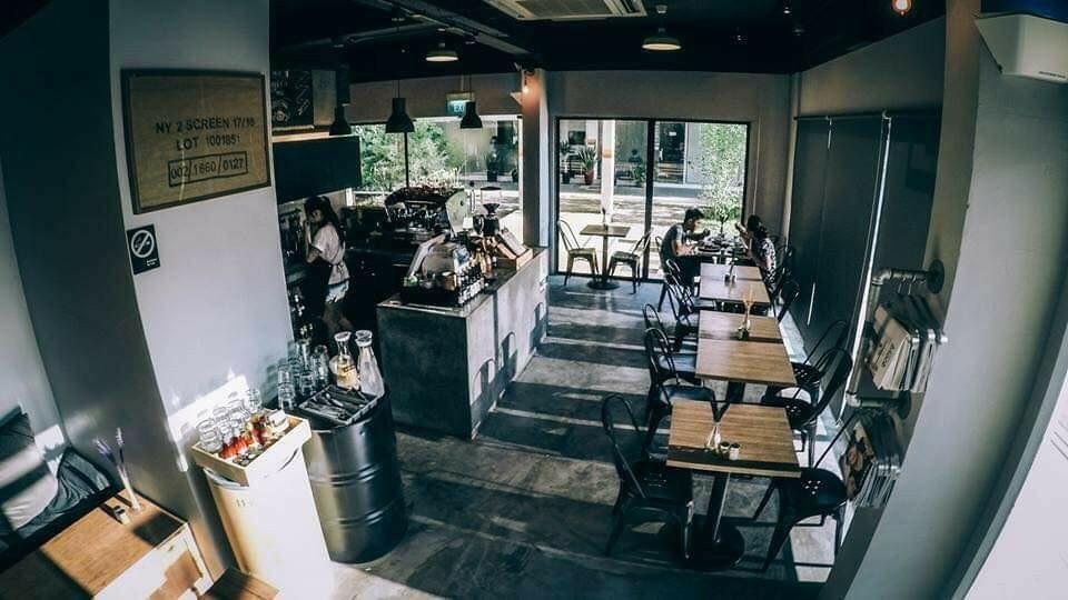 @Telok Blangah:Bt Merah Cafe Part Time Service Crew Wanted
