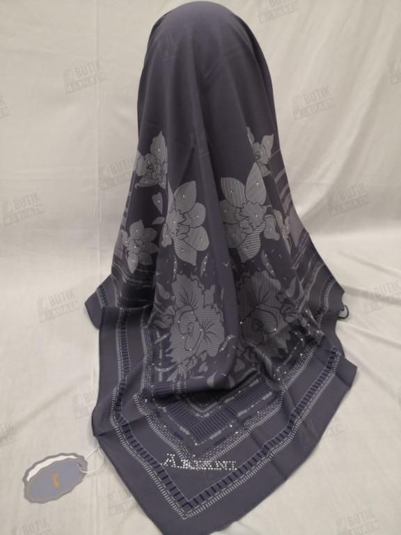 Tudung Ariani - Ariani Printed Bawal Kod SQ17 Kod 8 - Grey