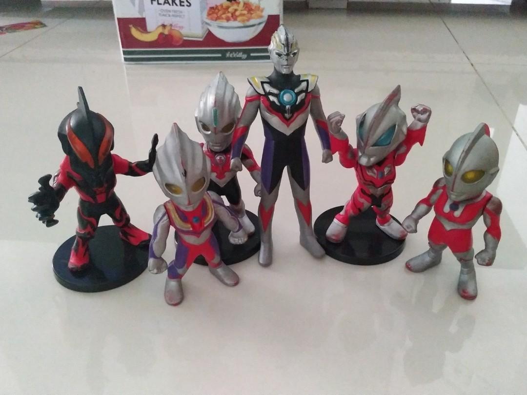 Ultramen colect