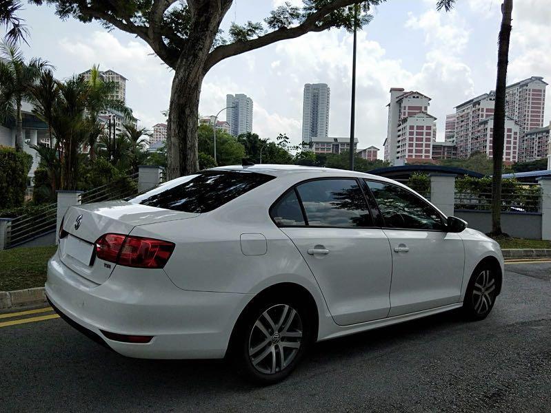 Volkswagen Jetta 1.4A TSI Sport ( minimum 6 month contract)