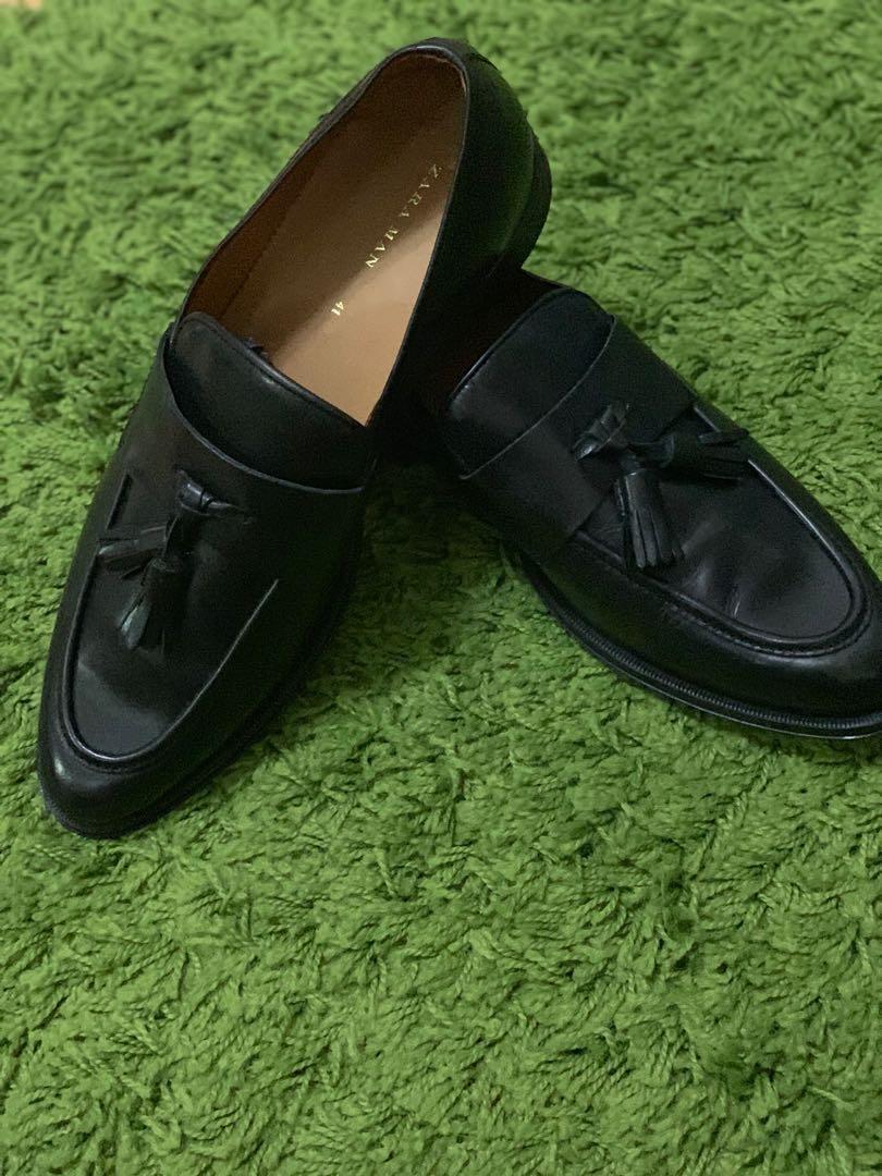 ZARA black tassle loafers