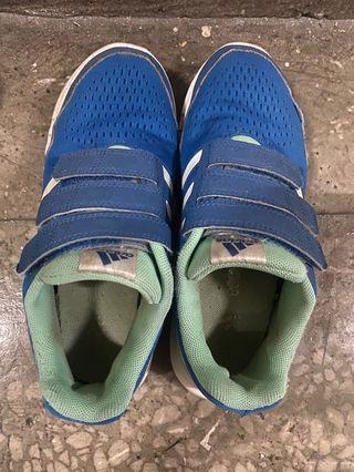 Adidas藍色步鞋