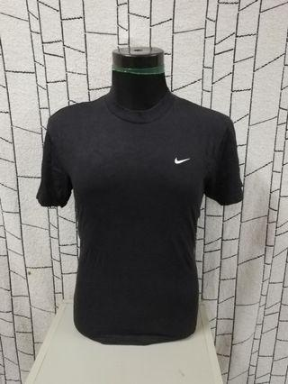 Nike small embroidery logo