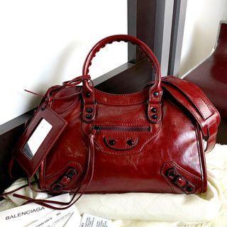 Balenciaga City PO.3-5hari. Balenciaga bag. Size 30x10x20cm.(LIMITED STOCK). Balenciaga seri City Classic Arena leather with regular hardware tote bag. Black, Etoupe Khaki & Bordeaux Red.
