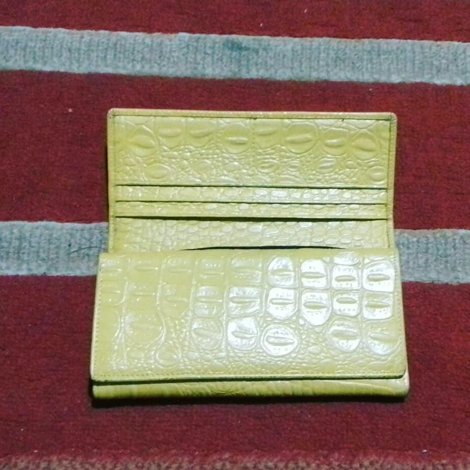 #1111special yellow wallet