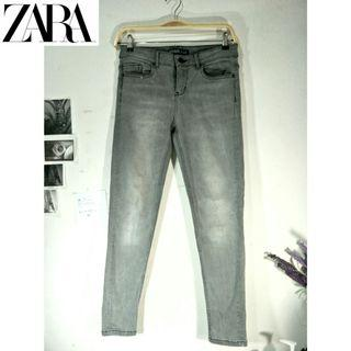 NETT ZARA JEANS WASHED ACID