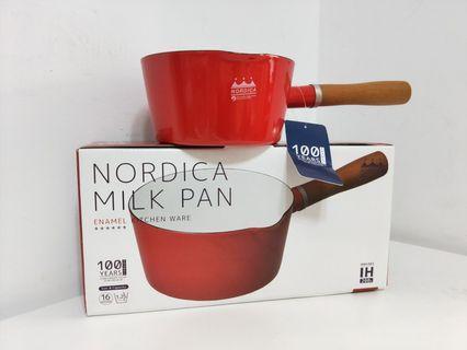 NORDICA北歐風珐瑯原木單柄牛奶鍋 16cm