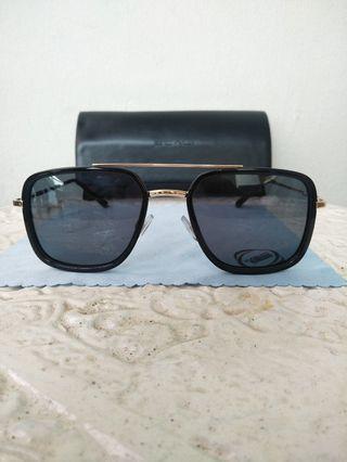 Kacamata Scali