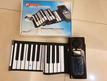 61鍵手捲鋼琴(故障)