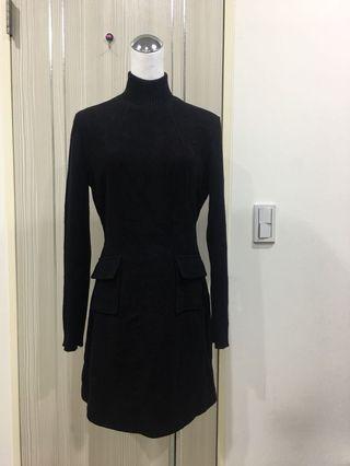 暗黑羊毛修身洋裝