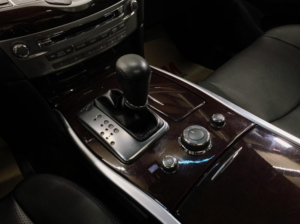 2016 Infiniti Q70 2.5 鮮火黑 非自售 代步車 實車實價