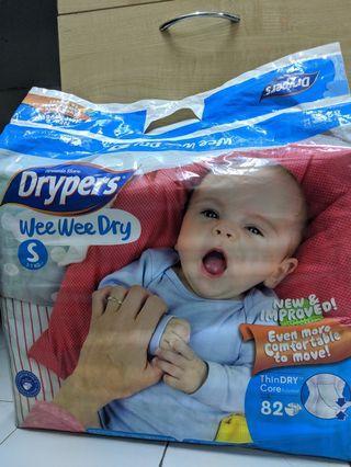 Pampers Drypers Wee Wee Dry size S