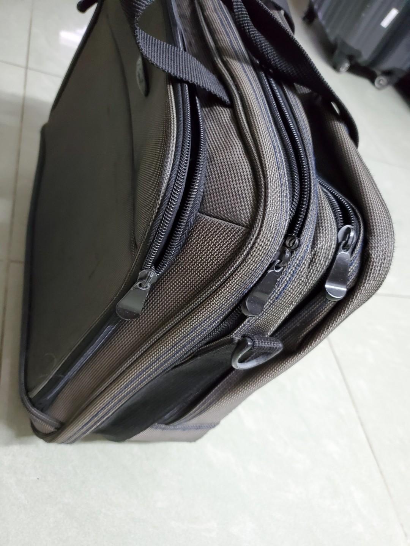 手提行李喼 佐敦上門自取$30/佐敦地鐵交收$45
