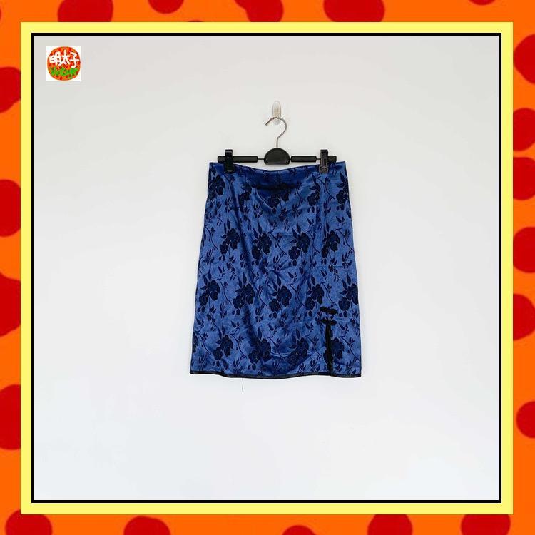 二手 深藍色 緞面提花 旗袍扣 窄版 高腰 短裙 明太子 B1118