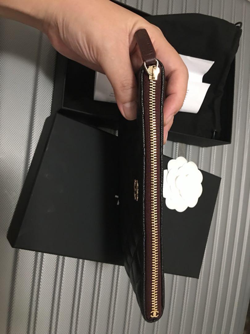 Chanel New Small O Case Black Light Gold Hardware burgundy lining 20c full set Brandnew