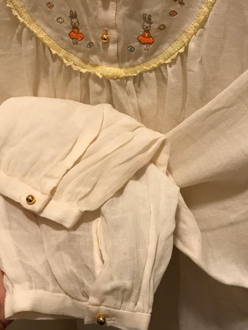 Franche lippee 半透刺繡上衣