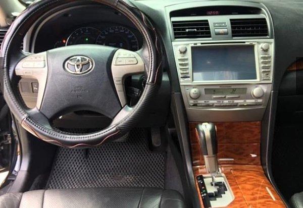 Jc car 2010年Toyota Camry 2.4L 頂級G版 天窗 雙動電椅 安卓機 天窗 定速 舒適大型房車