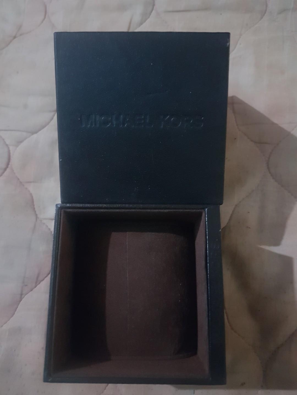 Kotak Jam Tangan Box kotak jam burberry original ori preloved bekas second #1111special
