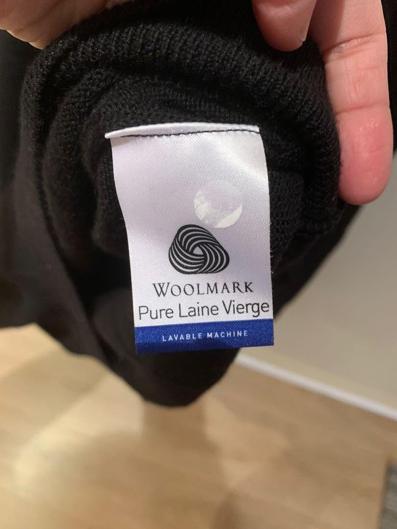 Lacoste Crew Neck Virgin Wool sweater - black sz 5 (L)