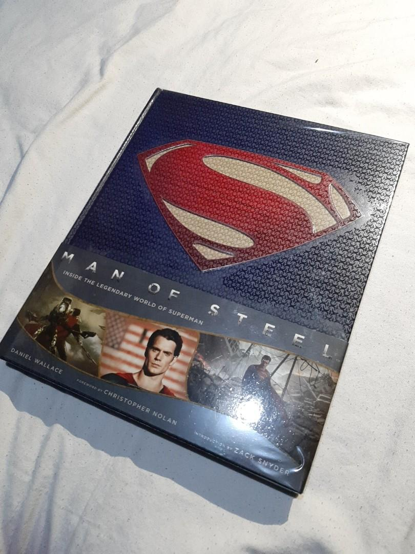 Man of Steel: Inside the Legendary World of Superman, the art of the film, by Daniel Wallace DC Comics