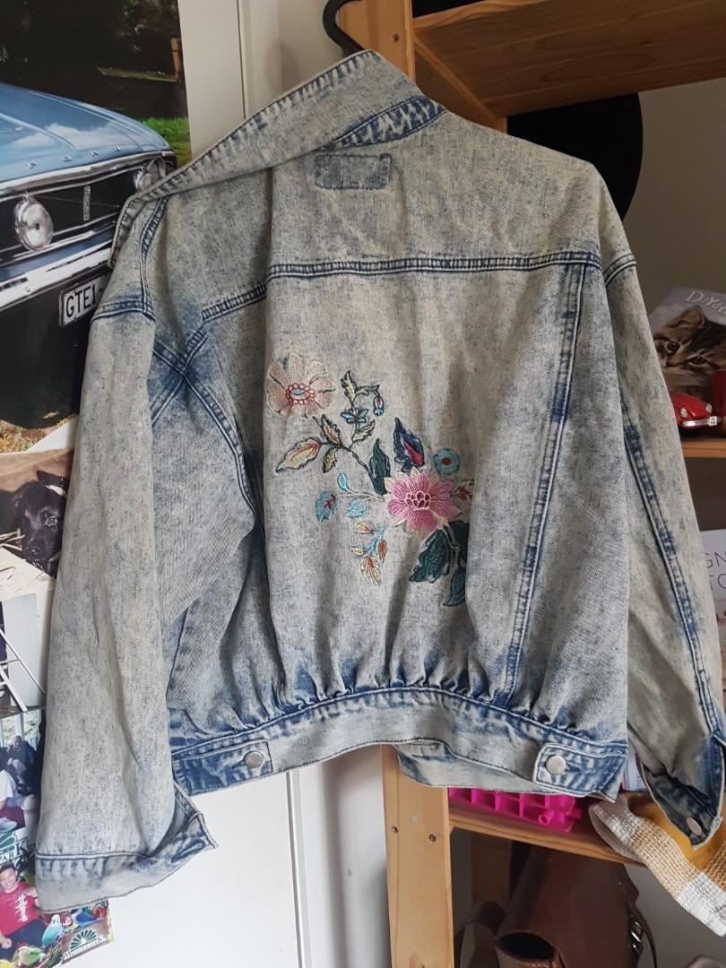 Mirrou jacket size 8