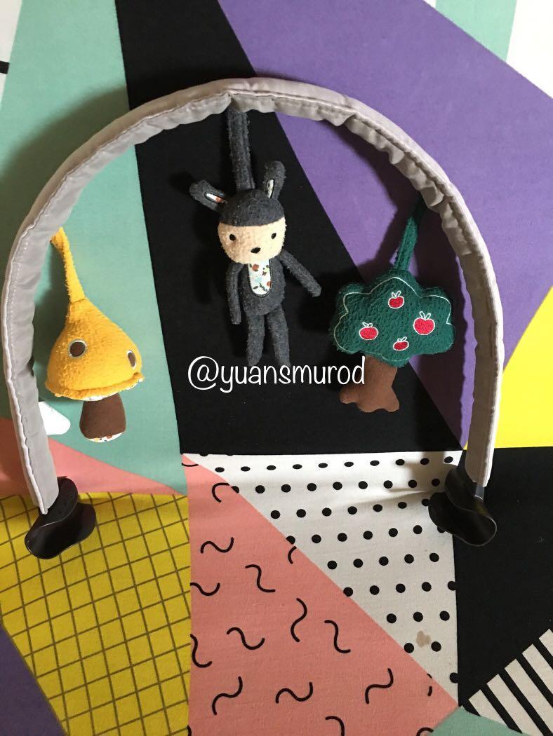 Nuna leaf toy bar versi 2018