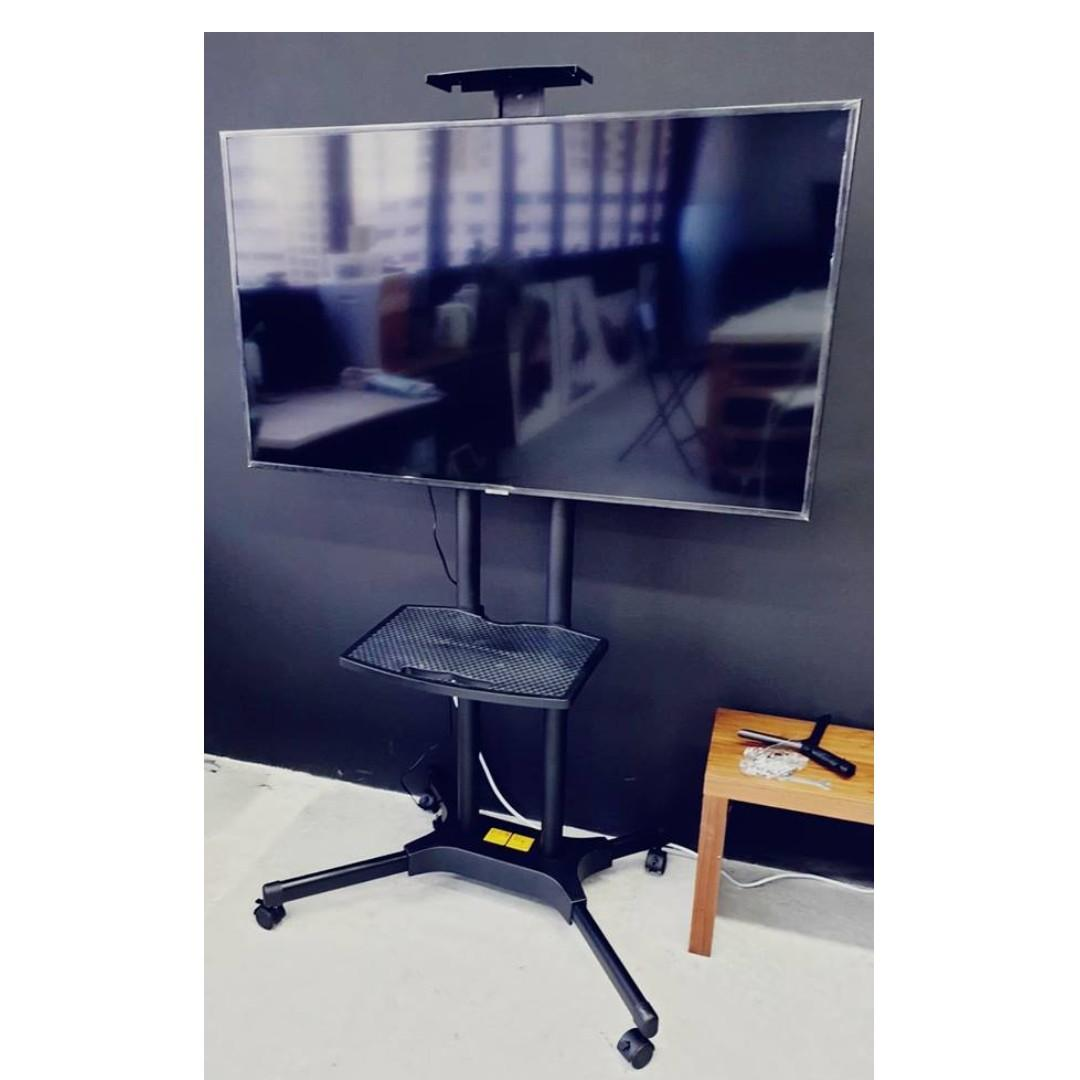TV Stand with Wheels /TV Stand Mobile Cart for TV to 55″ (KLC-121)  whatsapp9856 7355