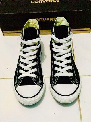 Converse Chuck Taylor All Star Youth Classic  Black / White