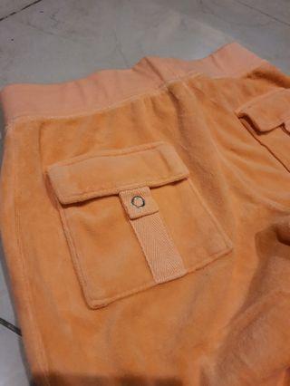 Celana Juicy Couture  ( maaf ya ini ori)