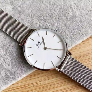 Daniel Wellington Petite Sterling Watch Original with box