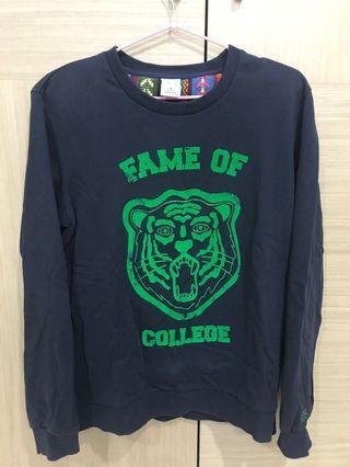 新光購入 2% 正版 老虎大學踢 男S 深藍 穿起來很帥