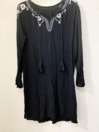 二手 【GU】民族南洋度假風刺繡洋裝.罩衫 S號