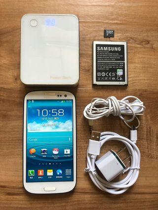 [售] SAMSUNG GALAXY S III i9300 32GB 智慧型手機 [價格]2000 [物品狀況]2手     [交易方式]面交自取 7-11或全家取貨付款 [交易地點]台南市東區     [備註]無盒裝/旅充/電池*2/耳機/行動電源/記憶卡4GB